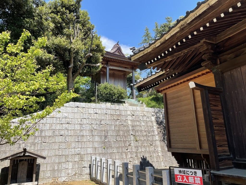 尾山台宇佐神社の建物その他