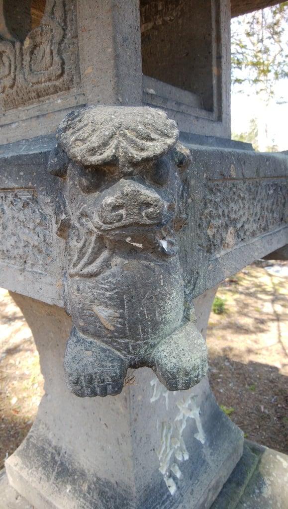 雨粉神社の狛犬