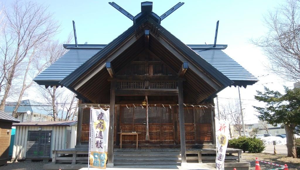 神居神社遥拝所の本殿