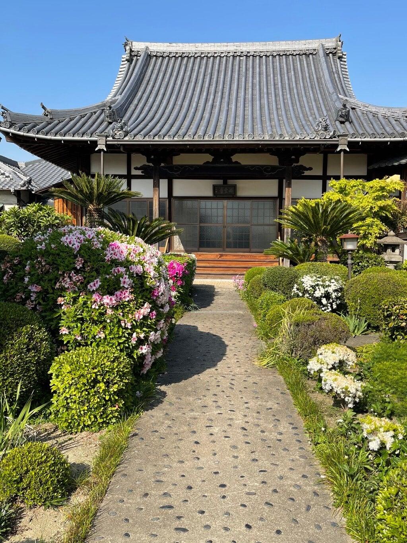 西雲寺の本殿