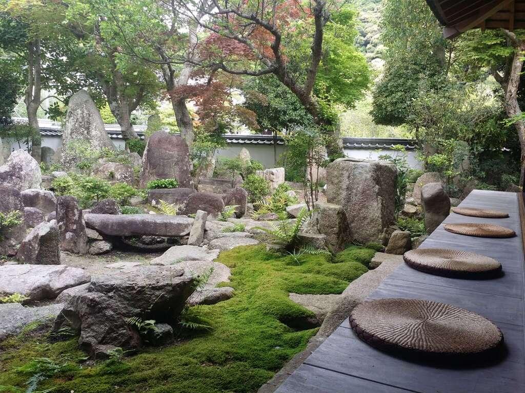 太山寺の庭園