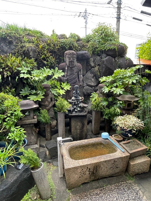 六大院の仏像