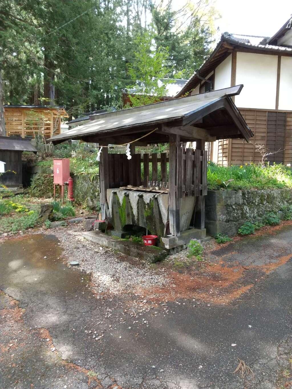 山家神社の手水