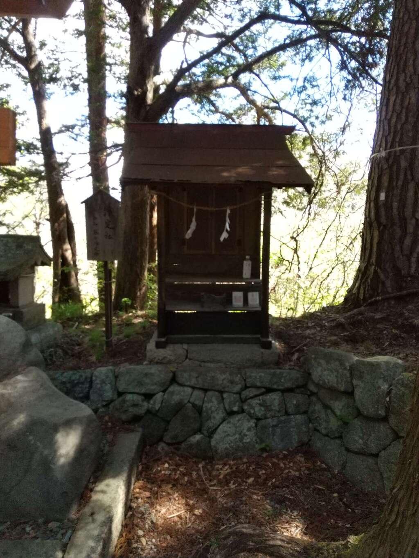 山家神社の末社