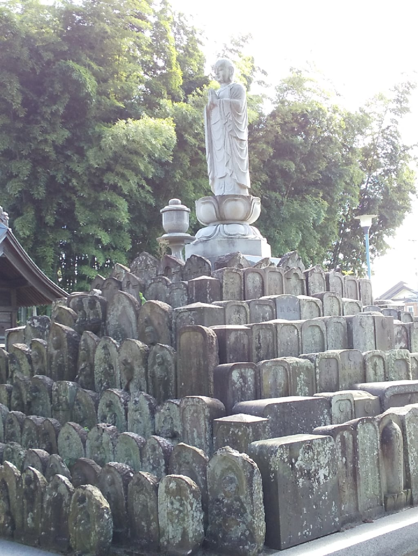 芳林寺の地蔵