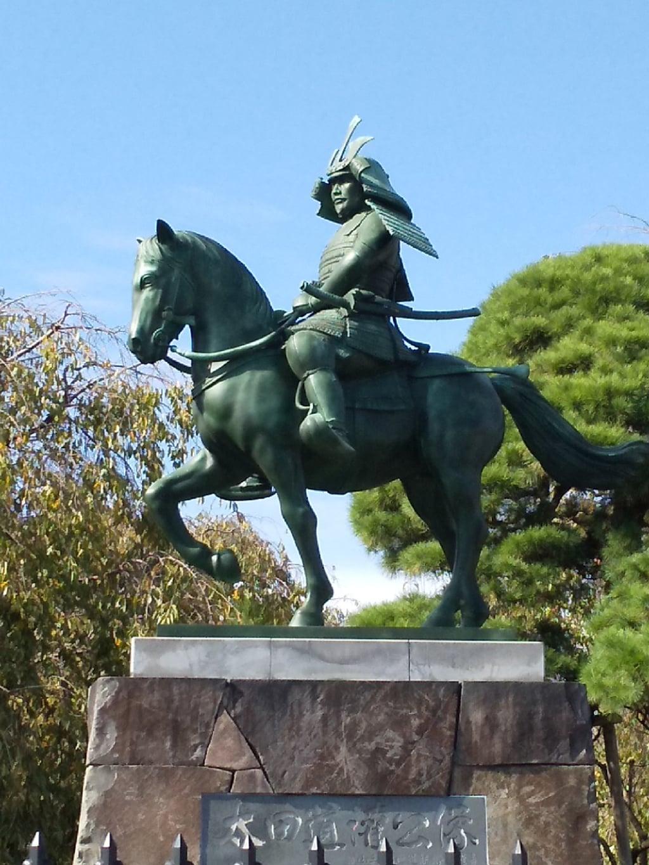 芳林寺の像