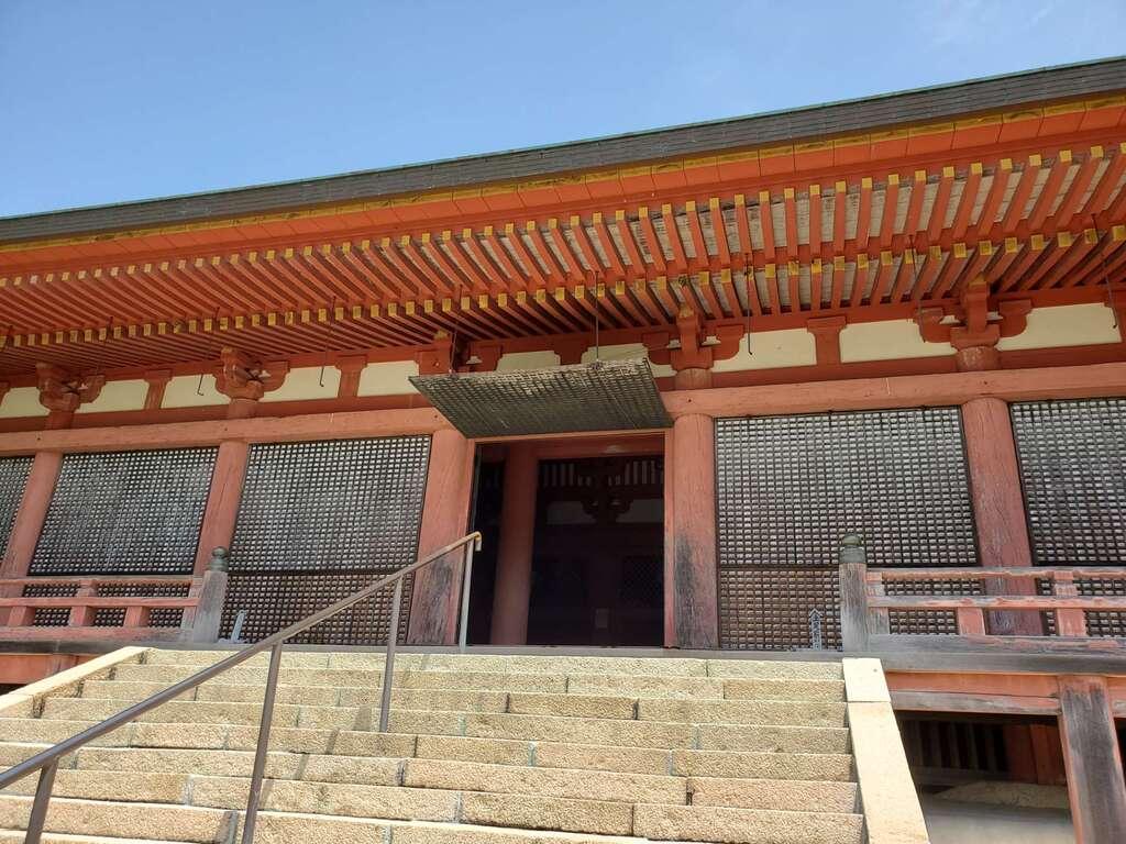 太山寺の本殿