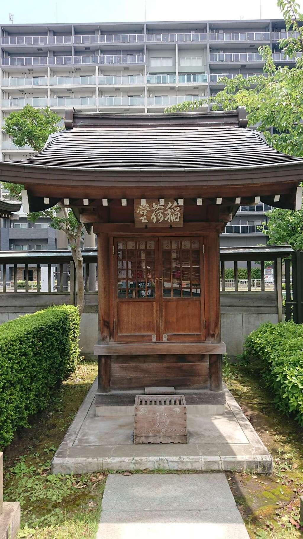 覚林寺の末社