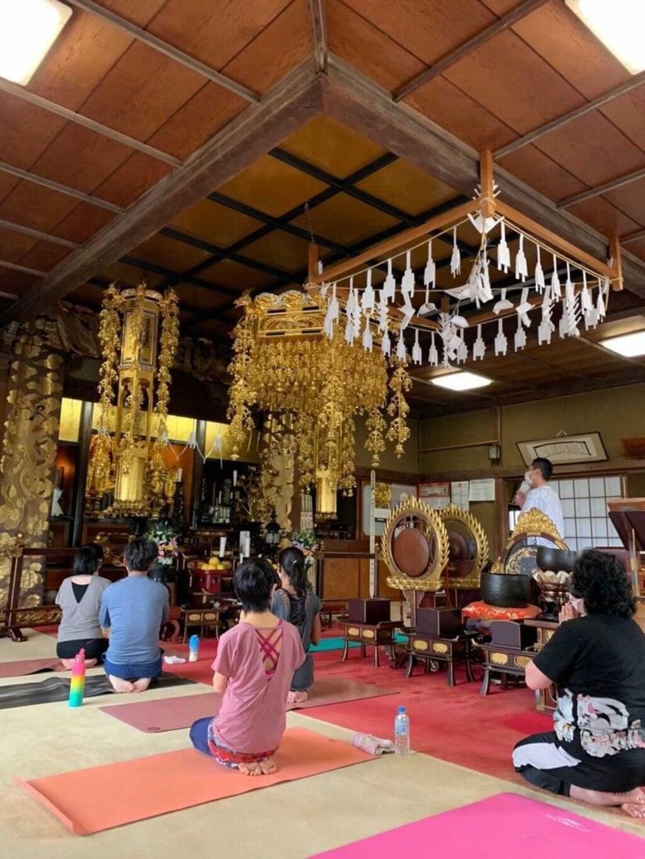 眞隆寺の本殿