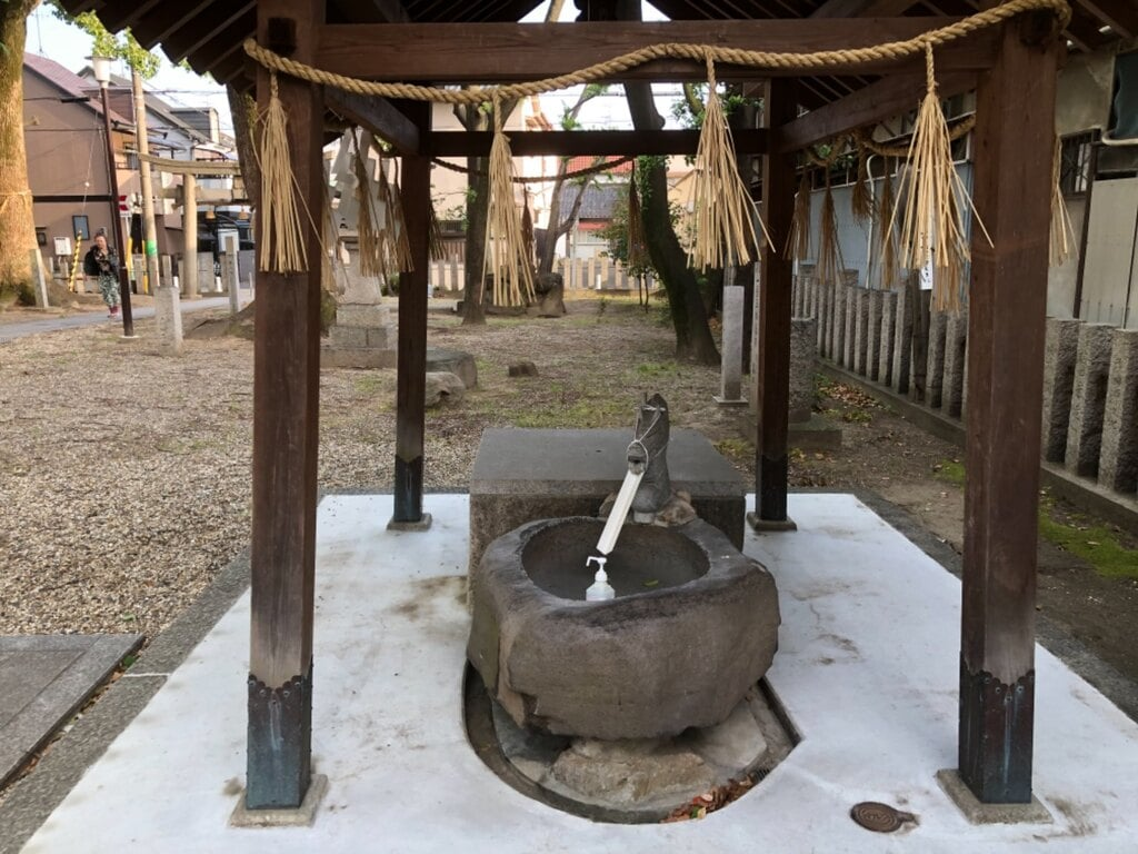 穴太神社の手水