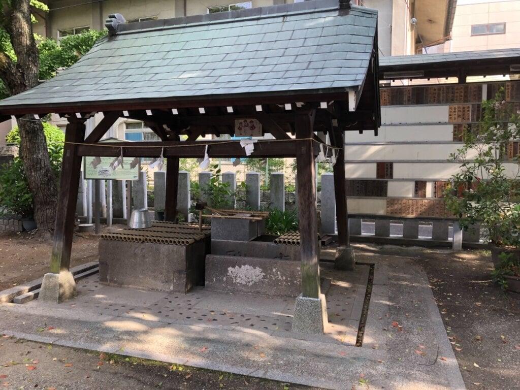 石津神社の手水
