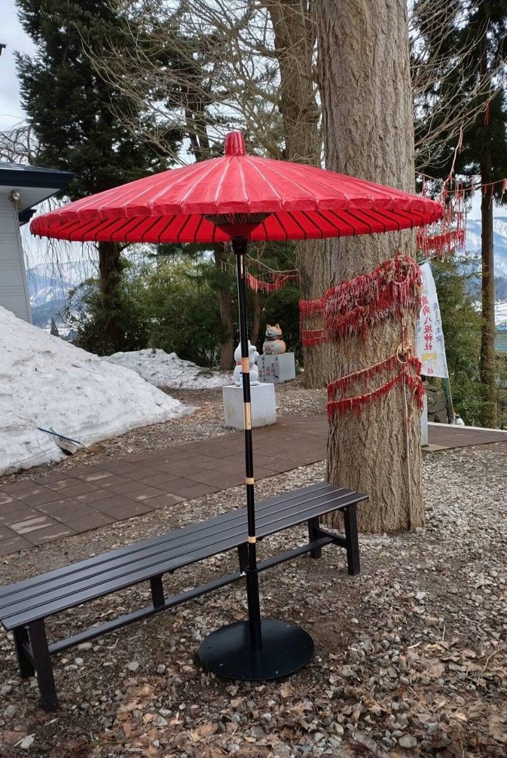 鹿角八坂神社の庭園