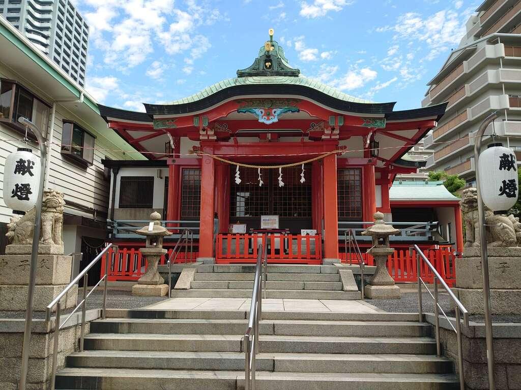 鶴見神社の本殿