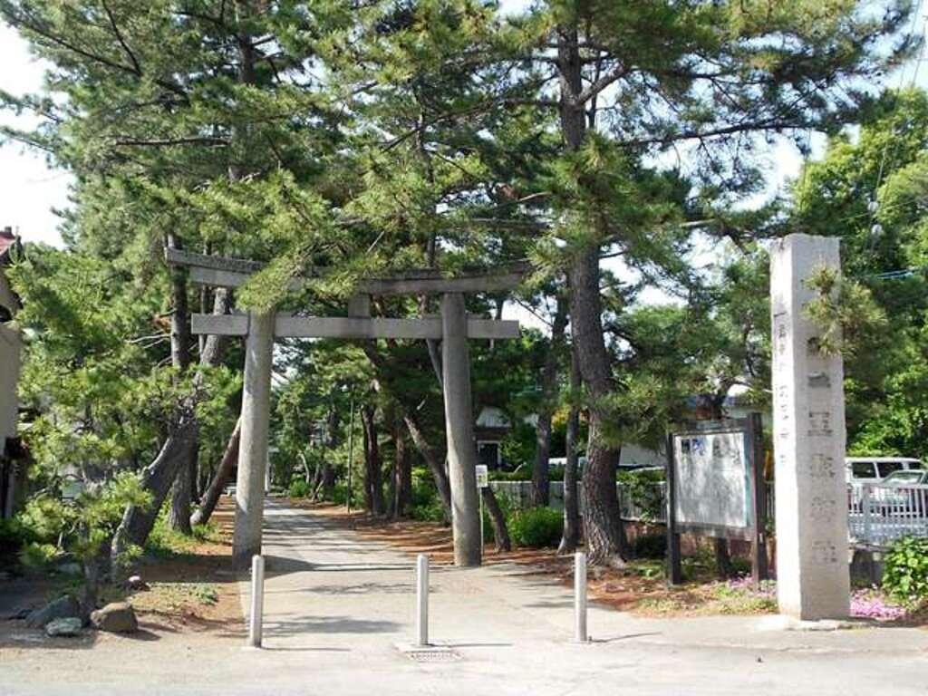 玉敷神社の鳥居