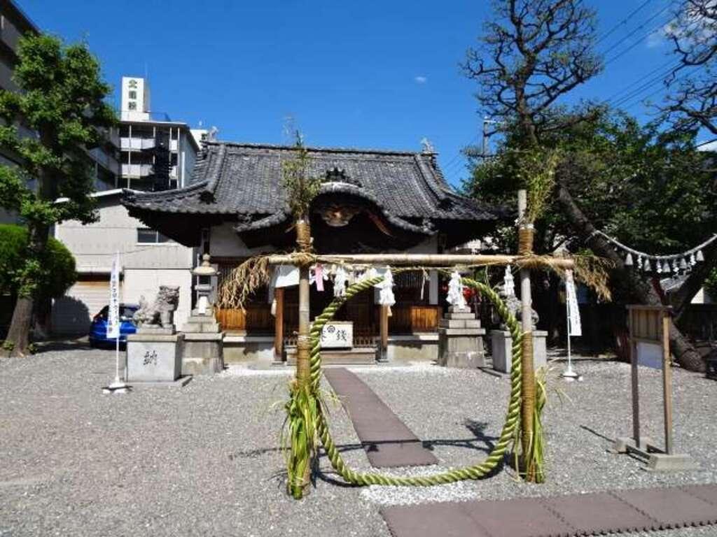 塚本神社の本殿