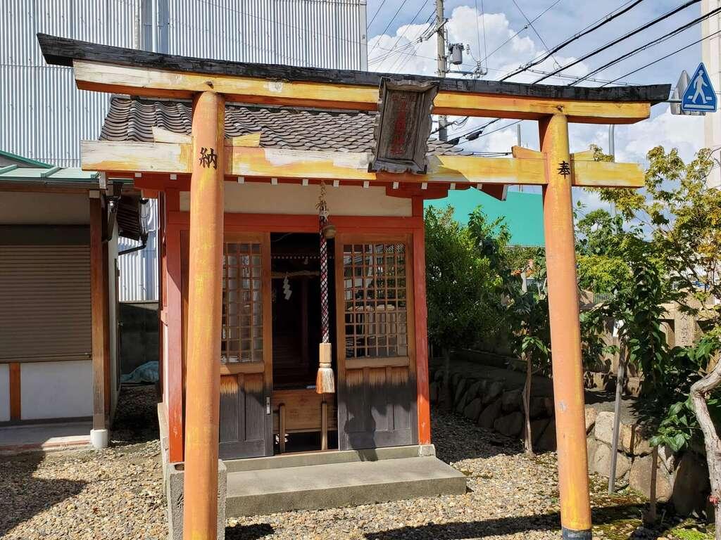 御崎八幡神社の末社