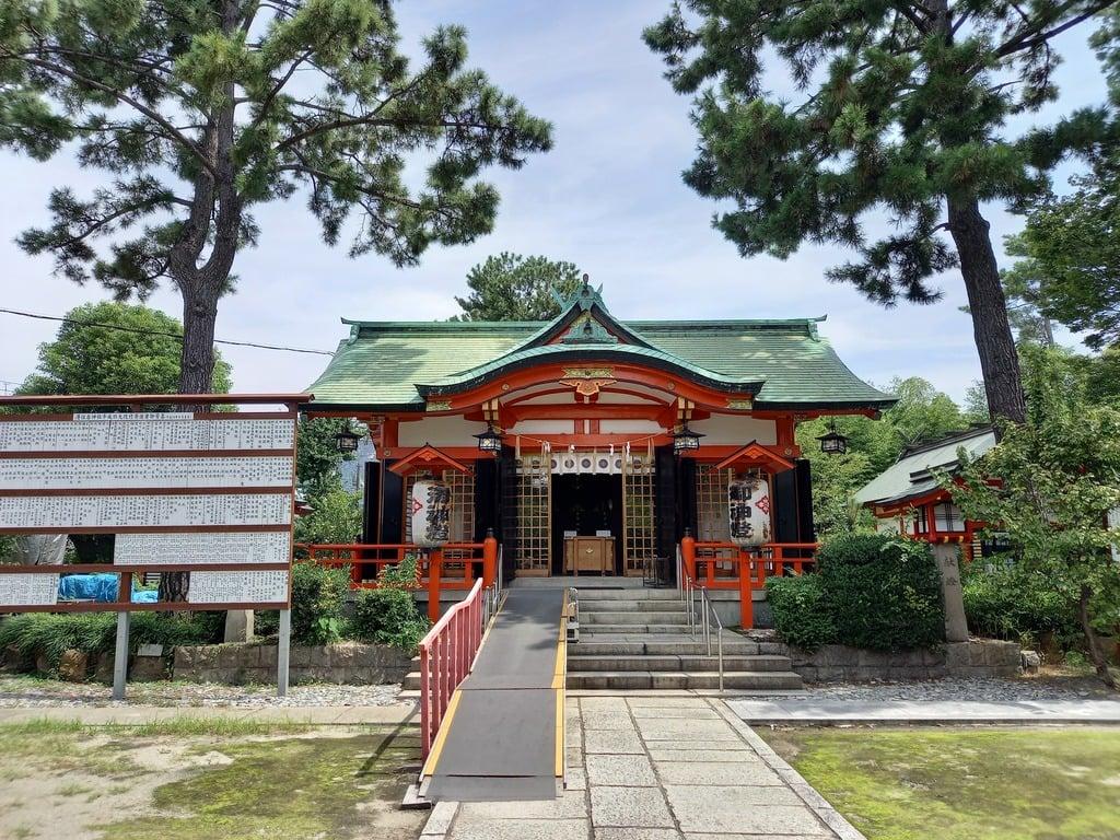 港住吉神社の本殿