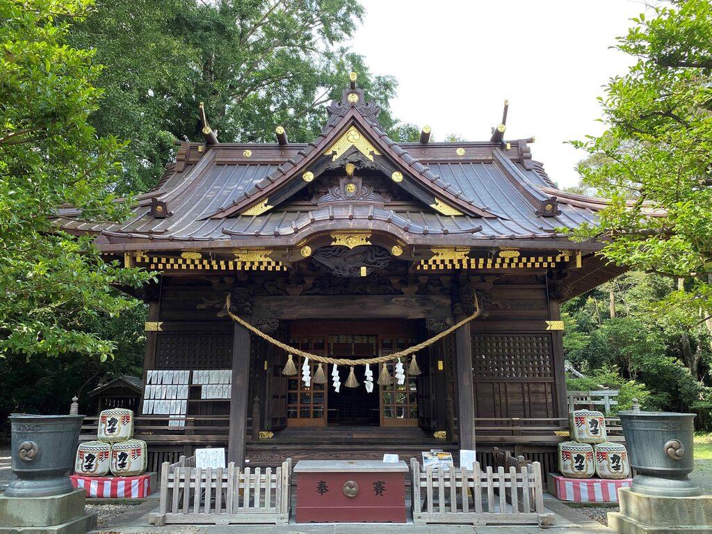 玉敷神社の本殿