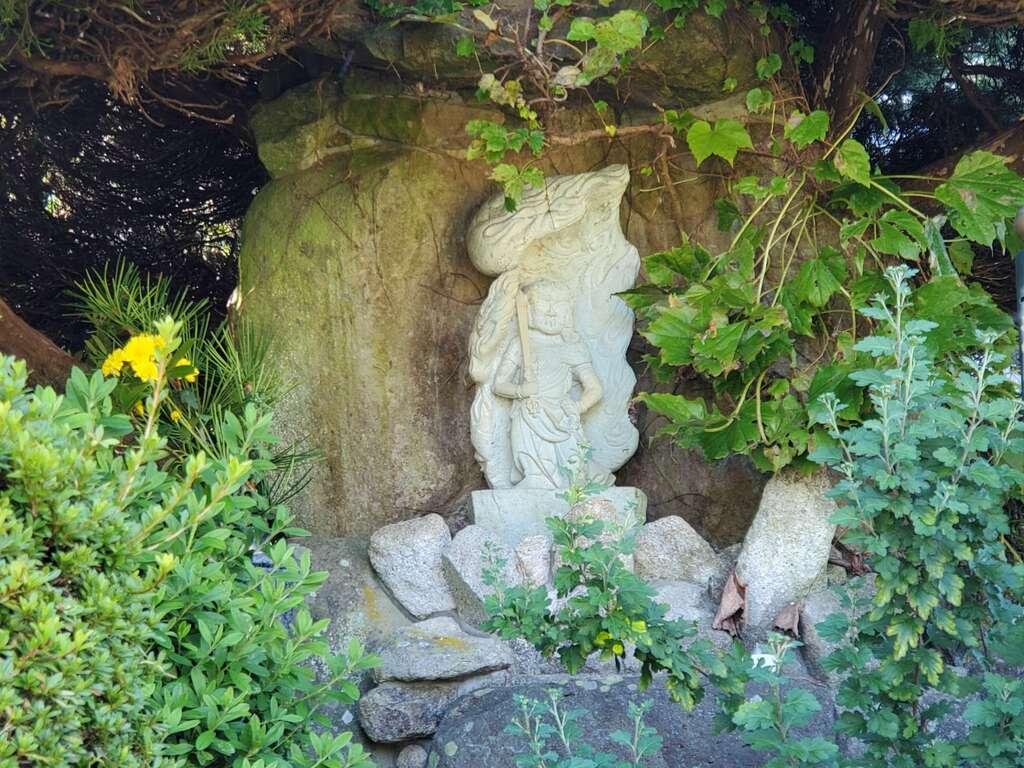 神谷山持明院の仏像